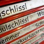 werkzeigkischd fir hambrigger :-) / toolbox for hambrigger ;-) / werkzeigkischd abete hambrigger ;-)